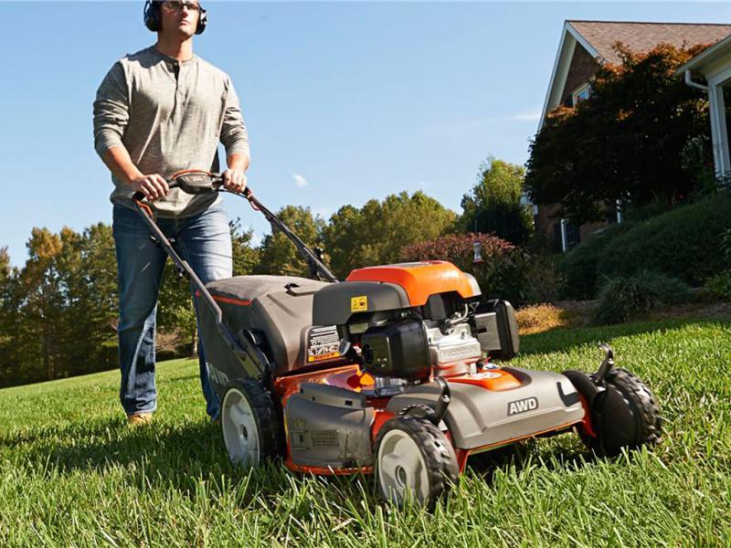 Escolha o cortador de grama certo para as suas necessidades